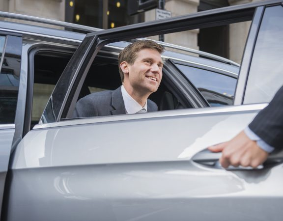 Chauffeured Airport Transfer Melbourne